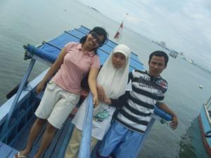 PeRjalanan Dengan Perahu